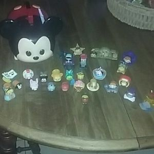Disney tsum tsum collectables and storage case